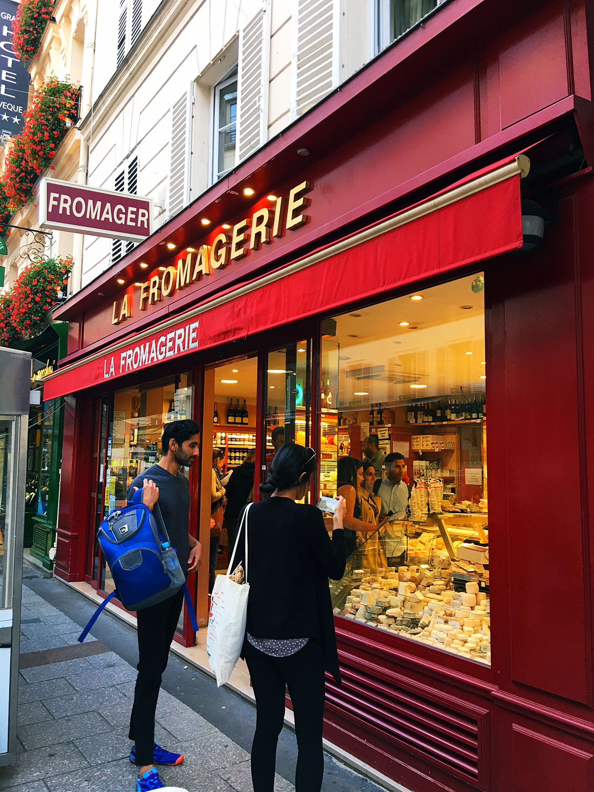 rue cler paris fromagerie