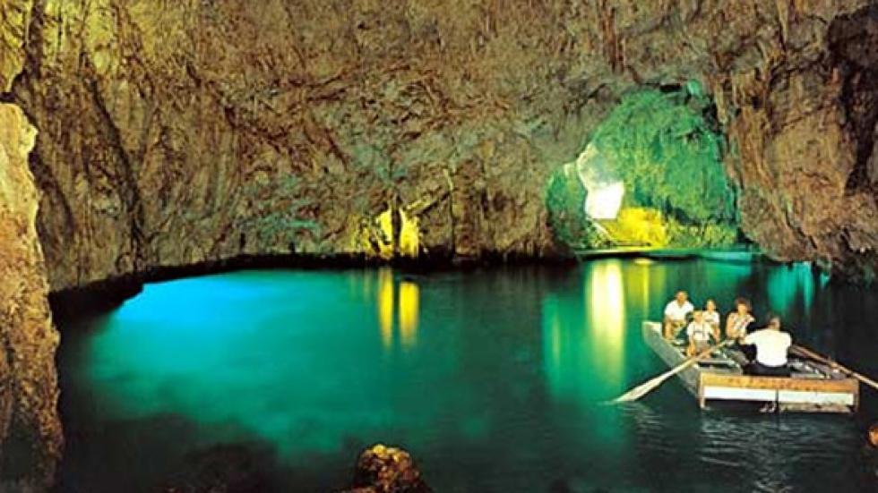 Emerald grotto Positano