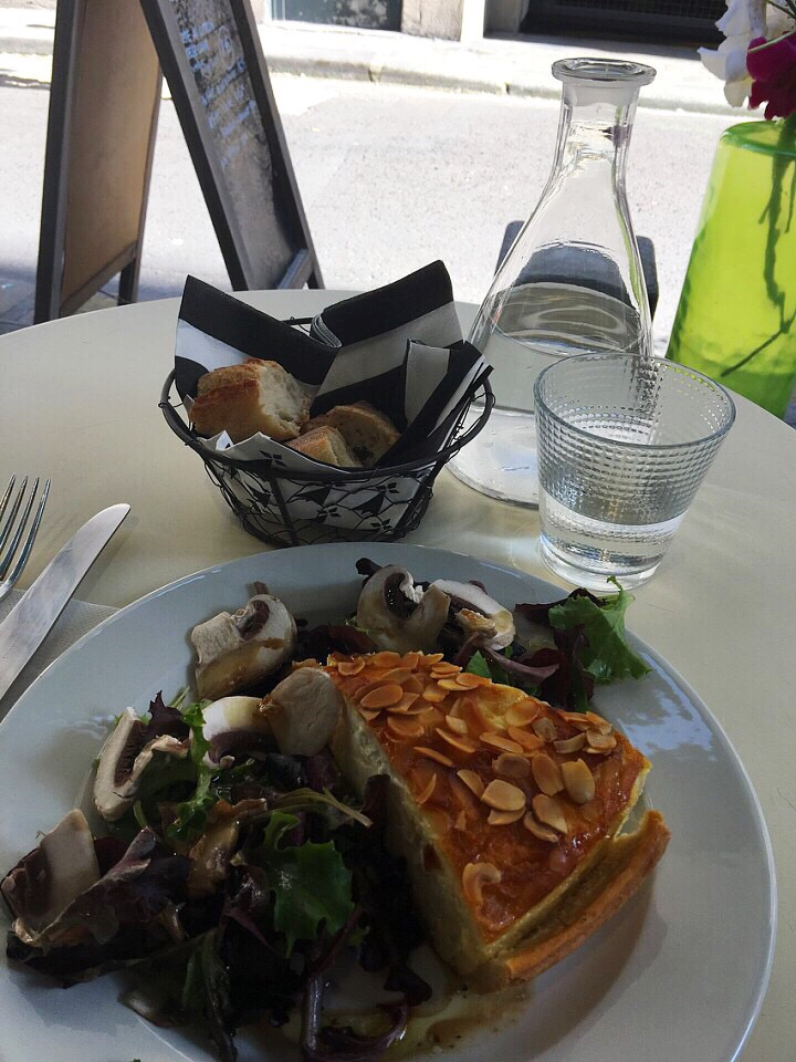Quiche in Paris
