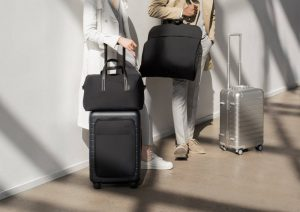 AwayTravel.com makes the best luggage! Unbreakable, chic, lightweight and innovative.