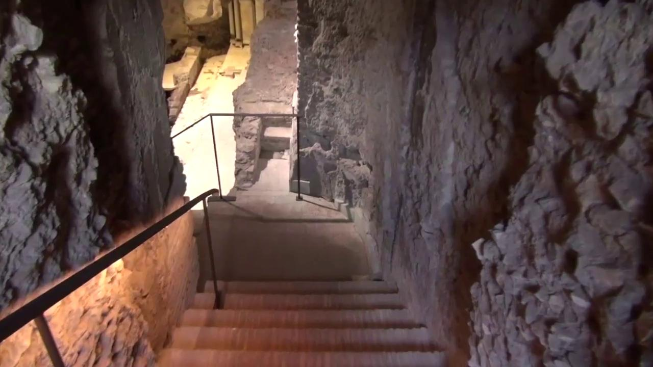 Stairway down to nero's Domus Transitoria
