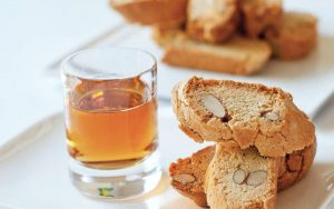 cantucci and vin santo, the perfect way to end a meal in Tuscany