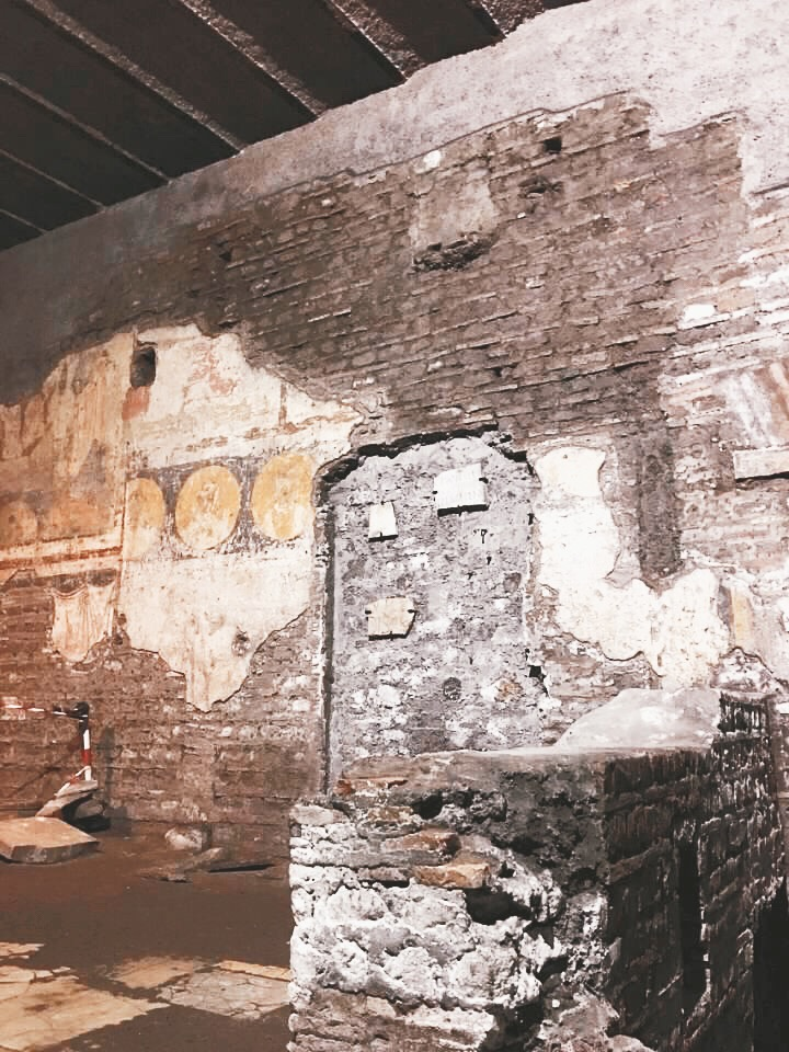 ruins of a 4th century chapel in underground Rome