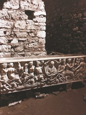 1st century sarcophagus below the city of Rome