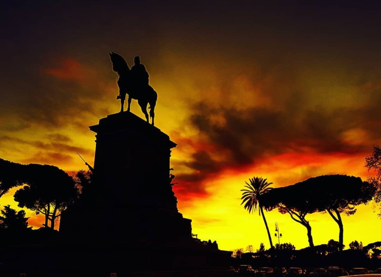 Rome's Garibaldi Monument at sunset via @tonyhofvander on Instagram