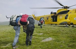 tourist being evauated by helicopter