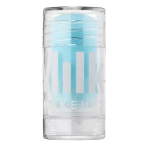 Milk Makeup Cooling Water is the perfect undereye product when you travel. Hydrating and cooling it is ideal for long flights