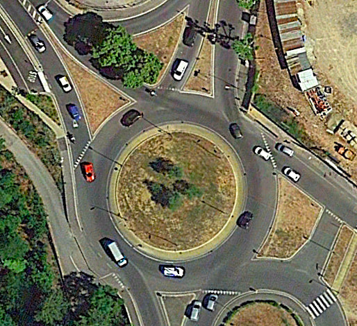 Italian roundabout