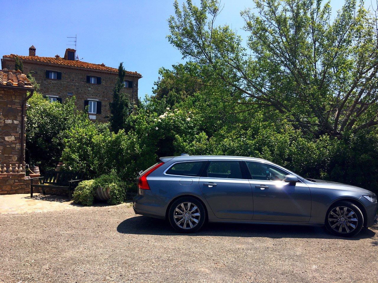 volvo station wagon tuscany