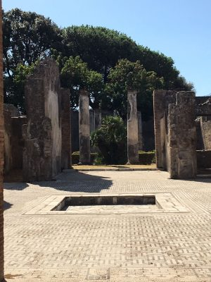 wealthy home in pompeii