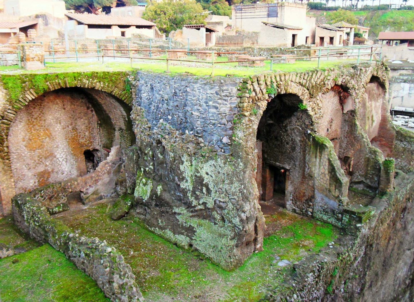 boathouse caves at herculaneum