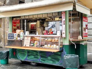lampredotto cart by porcellino market in florence