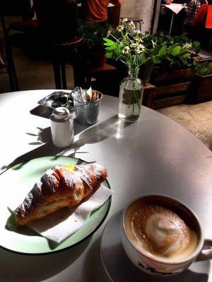 Breakfast in Florence, cornetto and cappuccino