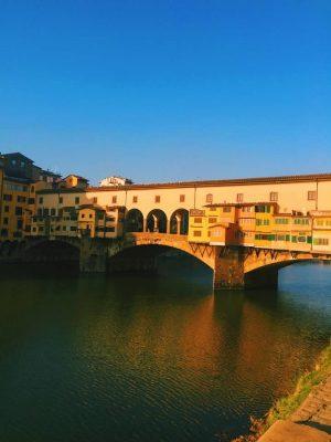 Ponte vecchio with blue sky